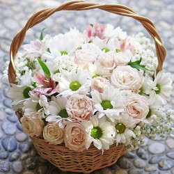 A small basket of flowers Pretty