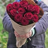 11 червоних троянд 70 см